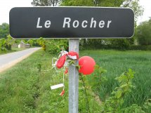 Free_Gary_McKinnon_balloon_Le_Rocher_near_Treal_France_C924.jpg