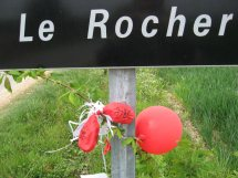 Free_Gary_McKinnon_balloon_Le_Rocher_near_Treal_France_C925.jpg