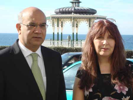 Keith_Vaz_MP_and_Janis_Sharp_Labour_Party_Conference_2009_450.jpg