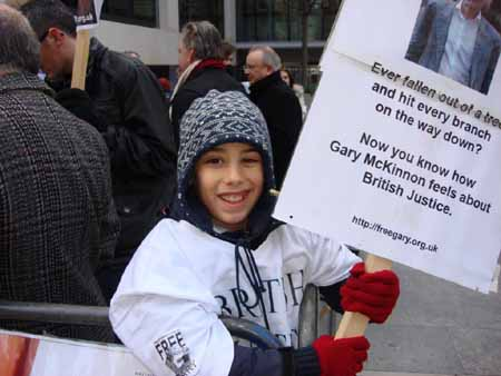 young_Belgian_demonstrator_in_support_of_Gary_McKinnon_450.jpg